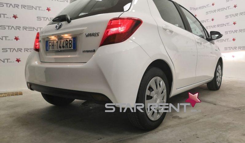 Toyota Yaris 1.5 Hybrid 5 porte Cool UNIPRO – PRONTA CONSEGNA pieno